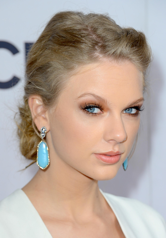 Stunning Makeup Tips f...